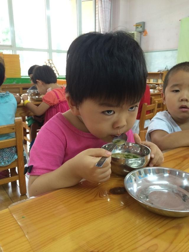 幼儿园观察记录:幼儿个案观察分析六则