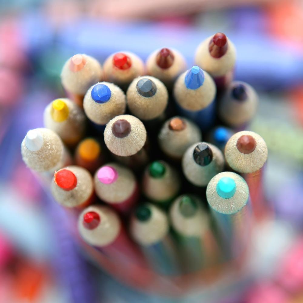 幼儿园小班科学优质课教案――美丽的颜色